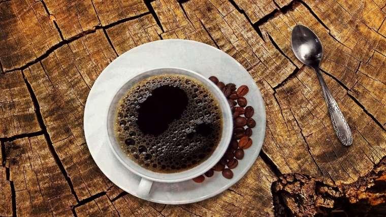 Cafeaua deshidrateaza?