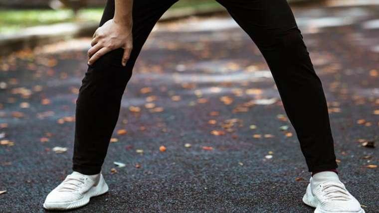 Genunchiul alergatorului – care sunt cauzele si ce solutii exista?