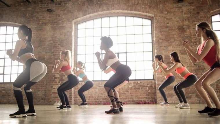 Zumba – antrenament in pasi de dans