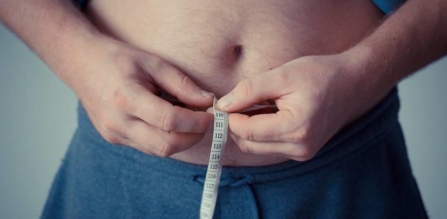 riscurile grasimii abdominale