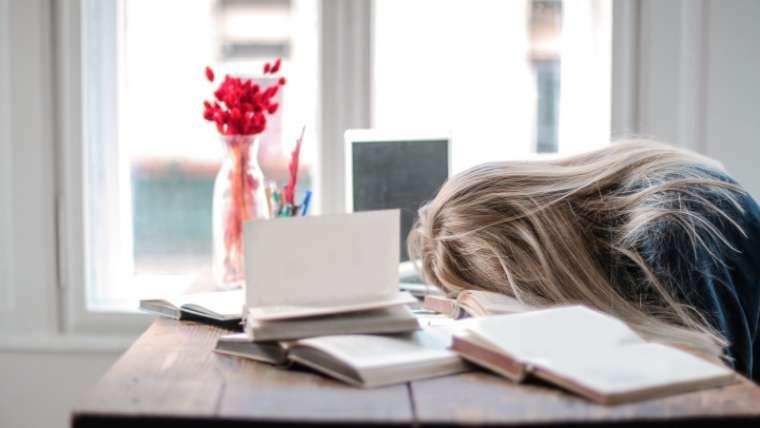 Burnout – epuizare fizica, mentala si emotionala – ce solutii exista?