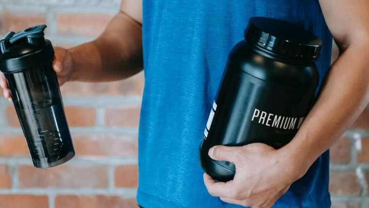 Pudra proteica – beneficii si recomandari
