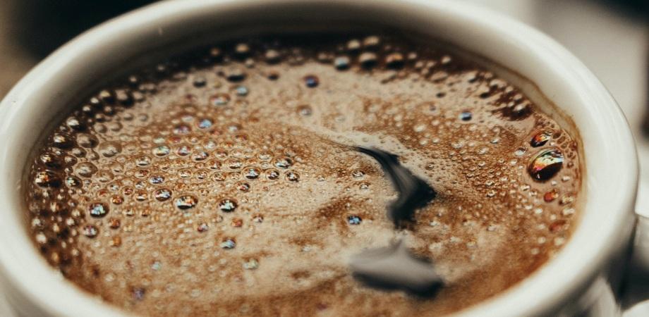 la ce ora bem cafeaua